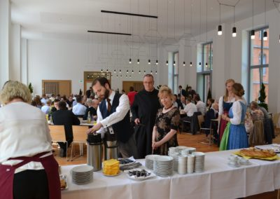 Diakonenweihe-2018-Empfang-im-PS-14