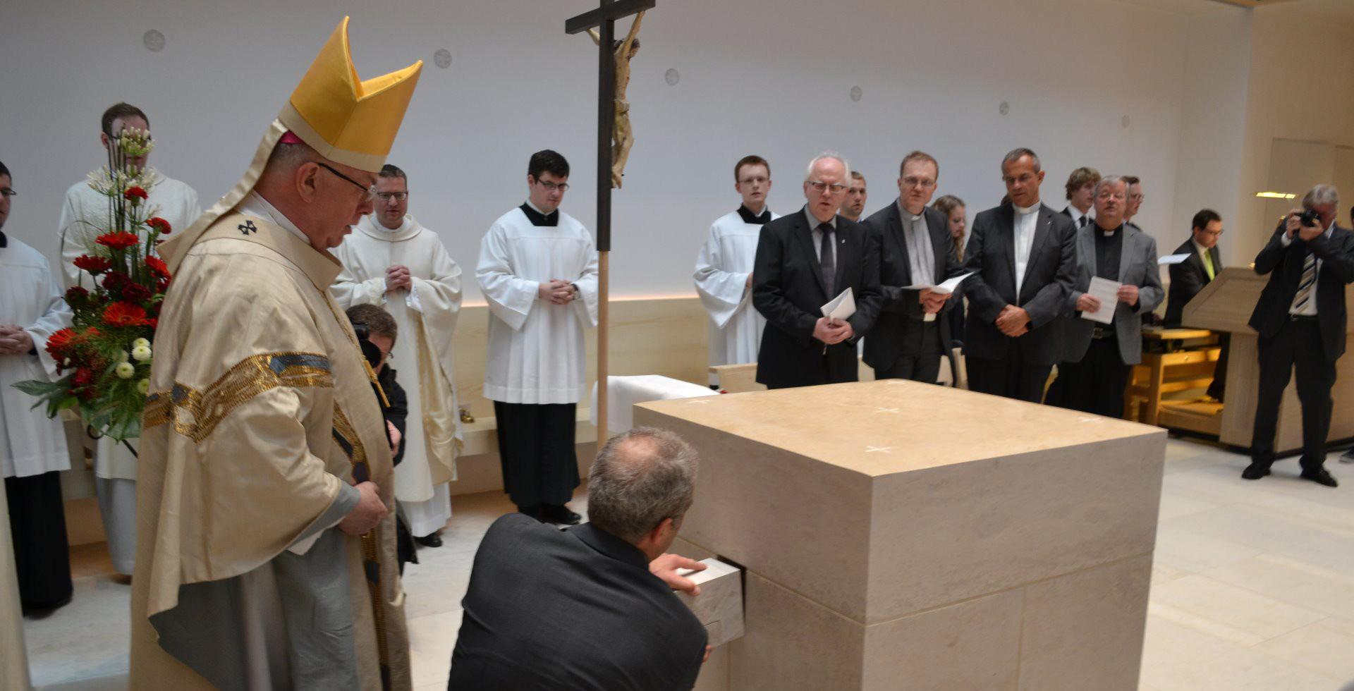 Die Hausgemeinschaft des Priesterseminars mit Ihren Gästen